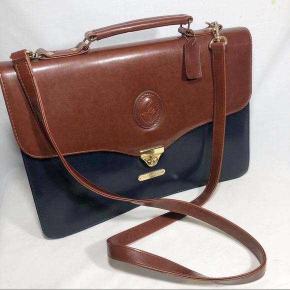 f8c498b4b036 VTG Ralph Lauren Polo Leather messenger bag navy. M 5bc1d2502e14783e3ff9afbd